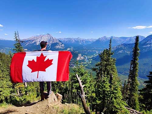 Canada immigrants 500